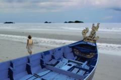 5-lauren-boat-thailand